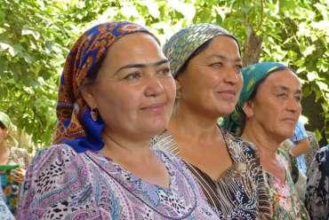 voyage-ouzbékistan-femme